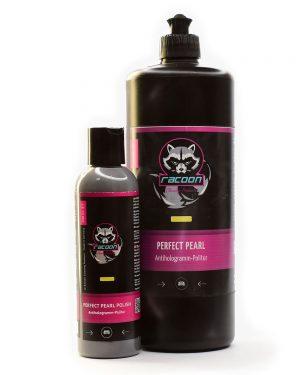 Leštiaca pasta jemna Perfect pearl polish v dvoch fľašiach rôznej veľkosti s logom autokozmetiky Racoon Cleaning Products