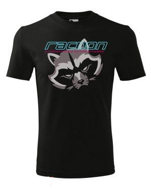čierne tričko s logom racoon a horizontálnym nápisom