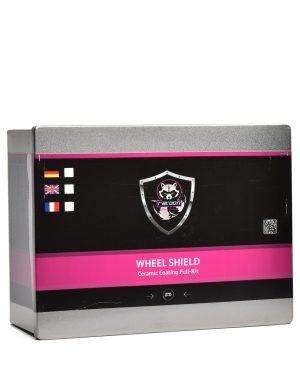 Plechová krabička obsahujúca set keramickej ochrany na kolesá s etiketou a logom autokozmetiky Racoon Cleaning Products