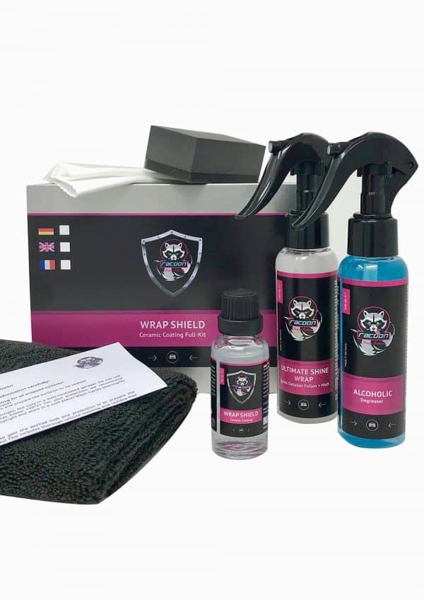 rozbalený set produktov keramickej ochrany na fóliovane wrapované autá značky Racoon Cleaning Products