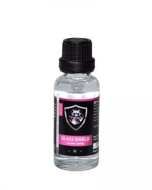 priehľadná sklenená fľaštička obsahujúca prípravok keramickej ochrany na sklo Glass Shield s etiketou a logom Racoon Cleaning Product