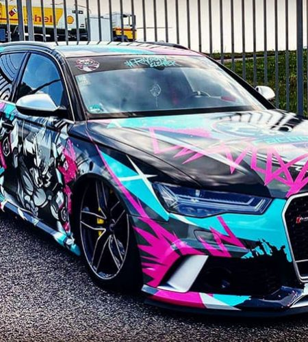 audi rs6 v pestrofarebnom polepe autokozmetiky Racoon Cleaning Products